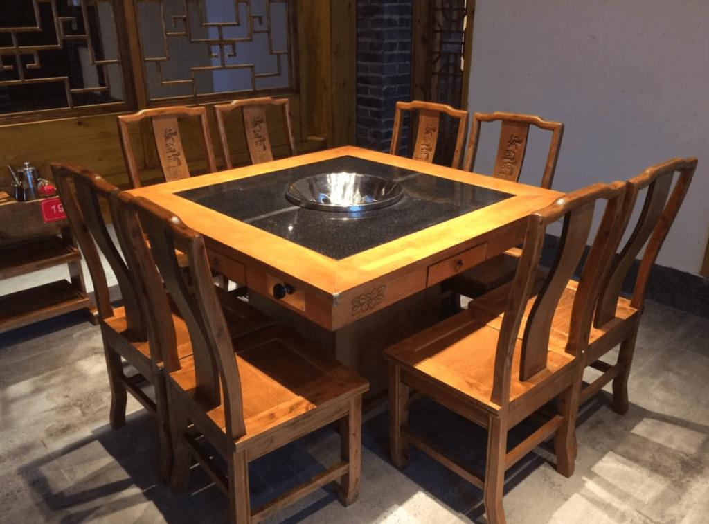 Hot Pot Table