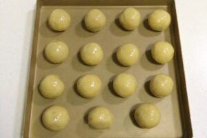 Coconut Cranberry Moon Cake Steps 19