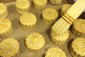 Coconut Cranberry Moon Cake Steps 25